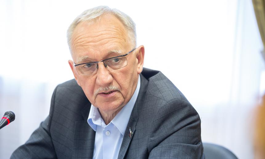 Сергей Эммануилов.